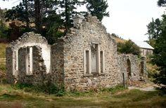 St.Bathans: old school ruins (c.1875)