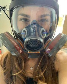 Gas Mask Girl, Respirator Mask, Full Face Mask, Jennifer Aniston, Cute Girls, Character Design, Poses, Leather, Gas Masks