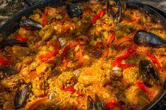 Paella.  #tapa #snack #jamon #ham #ibérico #queso #cheese #vino #wine #winelovers #winery #bodega #cerveza #beer #beerlovers #sidra #cider #cava #catering #instagram #rrss #TiendasOnline #Gourmet #bottleandcan #Granada #Andalucia #Andalusia #España #Spain  www.tienda.bottleandcan.com