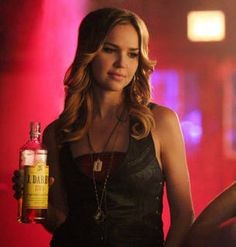 """The Vampire Diaries' Arielle Kebbel Lands New CW Show """"Perfect Score"""""""