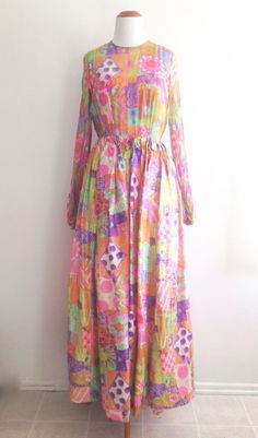 078d36a24a PLS READ VTG Gown Dress Long Sleeve Colorful Psychedelic Groovy 60s 70s   Unbranded  Maxi  Party
