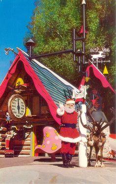 Santas Village CA