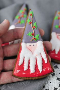 How to make  a Christmas Gnome Cookie