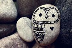 Hand Painted Rock Owl by thecarolinejohansson on Etsy, Pebble Painting, Pebble Art, Stone Painting, Rock Painting, Diy Painting, Painted Rocks Owls, Owl Rocks, Painted Stones, Pebble Stone
