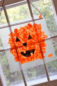 DIY Halloween : DIY Tissue Paper Pumpkins