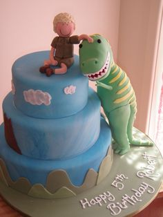 Cute dinosaur/little boy birthday cake (that's the cutest T-Rex ever)