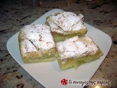 Great recipe for Vegan bougatsa. This is a very tasty bougatsa (Greek breakfast pastry with either sweet or savoury filling) that you can make it regardless of whether you are a vegan, a vegeterian, fasting or none of the above. Recipe by ΝΤΙΝΑΘΗΒΑ Greek Sweets, Greek Desserts, Greek Recipes, Vegan Desserts, Vegan Recipes, Bougatsa Recipe, Gluten Free Recipes For Breakfast, Breakfast Pastries, Vegan Baking