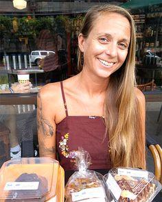 This Kahuku Bakery Makes Gluten-Free Cakes, Breads, Pizzas, Waffles and Gluten Free Bakery, Gluten Free Treats, Gluten Free Recipes, Hawaii Vacation, Oahu Hawaii, Vacation Ideas, Shrimp Farming, North Shore Oahu, Gluten Free Restaurants