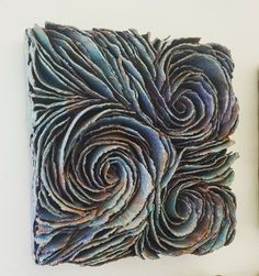 Would be fun to create with paper with students. Inspirstion Wall pieces – Lauren Blakey in 2019 Clay Wall Art, Ceramic Wall Art, Clay Art, Ceramic Pottery, Pottery Art, Sculptures Céramiques, Book Sculpture, Pintura Coral, Art Inspo