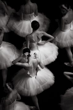 Ballerinas #lifescenes, #bestofpinterest, https://facebook.com/apps/application.php?id=106186096099420