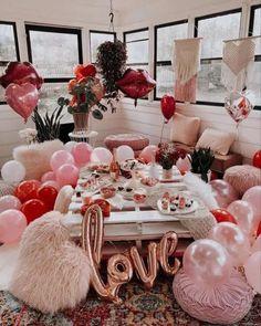 The Best Ways To Celebrate Valentine's Day During The Pandemic Valentines Day Cookies, Valentines Day Photos, Valentines Gifts For Boyfriend, Valentines Day Party, Valentines Day Decorations, Valentine Day Crafts, Birthday Decorations, Boyfriend Gifts, Vintage Valentines