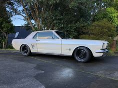 This is a dream model of a Mustang Wheels, 65 Mustang, Ford Mustang Coupe, Mustang Emblem, Vintage Mustang, Best Car Insurance, Classic Mustang, Pony Car, Ford Motor Company
