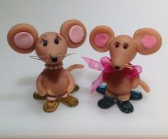 Two little mice by NaomisSweetStuff on Etsy, $10.00