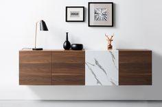 Moderne, vegghengt sjenk i klassiske materialer! Modellen Arcos gir mange muligheter; her er Arcos Nogueira kombinert med Arcos Edition Marmor. Hvilke farger ville du kombinert? Schmidt, Credenza, Buffet, Cabinet, Storage, Furniture, Home Decor, Modern, Dresser