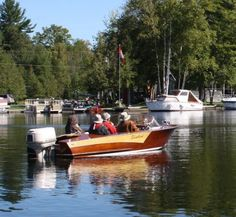"""Sometimes last minute """"Impromptu"""" club gatherings turn out to be simply wonderful events, fellow Woody Boaters enjoying the warm weather and locking in some Runabout Boat, Boat Engine, Cool Boats, Boater, Judges, Wooden Boats, Woody, Warm Weather, Ontario"""