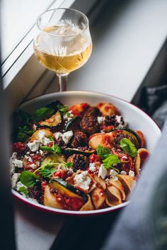 Salty Foods, Tapenade, Kung Pao Chicken, I Love Food, Food Inspiration, Feta, Food And Drink, Tasty, Healthy Recipes