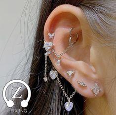 Jewelry Tattoo, Ear Jewelry, Cute Jewelry, Body Jewelry, Jewelry Accessories, Jewlery, Pretty Ear Piercings, Grunge Jewelry, Bling