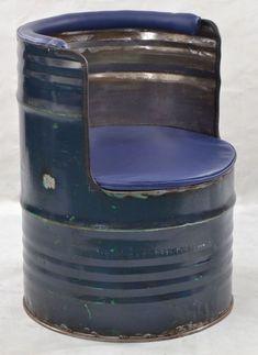 Oil Drum Seat Made from Upcycled Metal Furniture Drum Seat, Drum Chair, Car Part Furniture, Steel Furniture, Vintage Industrial, Industrial Design, Wood Pallet Bar, Old Lorries, Oil Drum