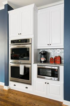 Kitchen refacing is a cost-effective and fairly quick way to create a fresh look for your kitchen. See how refacing made a huge difference in this kitchen.