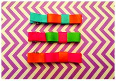 Set of 3 hair clips with multi-color bows. $5 shipped   www.facebook.com/GabbyAbbyBoutique