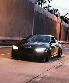 BMW F82 M4 black deep dish