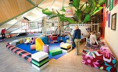 Ideaal voor als het weer een dagje niet mee zit: de binnenspeeltuin! Dit zijn onze favoriete XL binnenspeeltuinen: