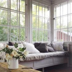 uploaded by cyndi Decor, Furniture, House Design, Room, Interior, Swedish Cottage, Home Decor, Simple Interior, Interior Design