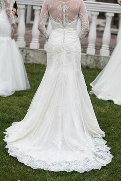 Știai că rochia cu trenă a fost dintotdeauna printre principalele opțiuni ale mireselor? #wedding #dress
