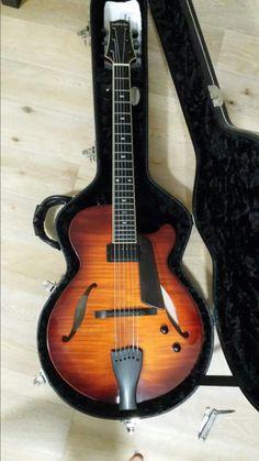 Sadowsky SS-15 Jazz Guitar, Beautiful Guitars, Ss 15, Music Stuff, Musical Instruments, Dreams, Sweet, Guitars, Music Instruments