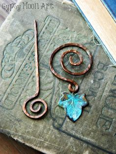 Copper Ivy Brooch.  Copper Wire Wrapped Elven Ivy Brooch Shawl Pin.