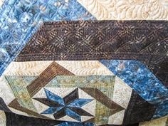 Sue Daurio's Quilting Adventures: Labyrinth Done - updated Labrynth Quilt Pattern, Special Education Teacher, Special Person, Machine Quilting, Background Patterns, Quilt Patterns, Give It To Me, Quilts, Blanket