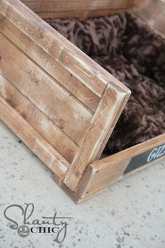 Why Furniture So Expensive Diy Cat Bed, Diy Dog, Wood Dog Bed, Pet Stairs, Dog Beds For Small Dogs, Dog Shop, Dog Furniture, Woodworking Projects Diy, Pallet Projects
