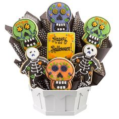Sugar Skulls & Skeletons makes this tasty Halloween cookie bouquet a treat. Also perfect for Day of the Dead celebrations