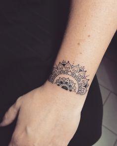 Wrist mandala girls tattoo