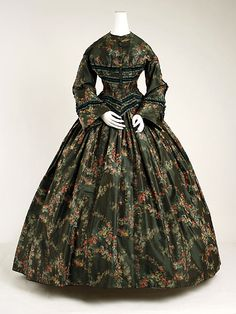 Green silk floral-print afternoon dress, American, 1852.