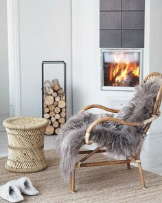 How nice it would be to spend an evening here in front of fire! Winter Is Here, Winter Time, Nordic Lights, Cool Ideas, Luxury Living, Decorating Your Home, Luxury Homes, Beautiful Homes, Accent Chairs