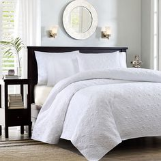 Madison Park Mansfield Quilted Coverlet Set, White