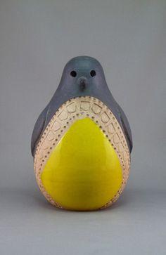 Large Bitossi Italy penguin designed by Aldo Londi.