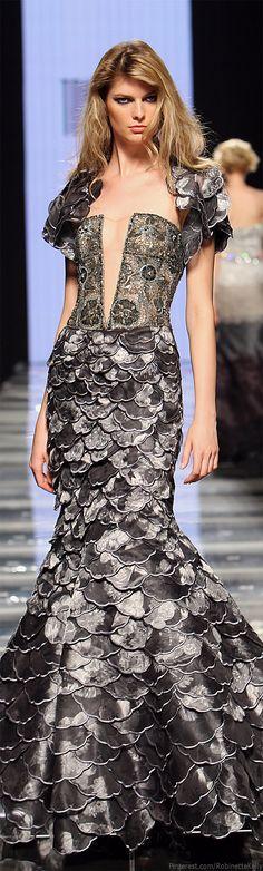 Tony Ward | Haute Couture F/W 2009 Dress Fantasy Fashion Womens Unique Style Inspiration Design #UNIQUE_WOMENS_FASHION