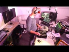 Looking for the Perfect Beat 201531 (non hosted version)