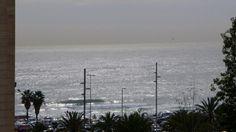 Piso en venta en #Barcelona #Diagonal Mar    Vivienda junto al mar, soleada de mañana, ubicada en una de las zonas más privilegiadas de la cuidad, en Sant Martí-Diagonal Mar, con una superficie de 82 m2 distribuidos en dos habitaciones dobles (una suite y una doble), un amplio salón con aire acondicionado, cocina independiente totalmente equipada y todo con vistas al mar.    SEP FINQUES | M: 677415782 | Ronda Universitat 7 - BCN | info@sepfinques.com…