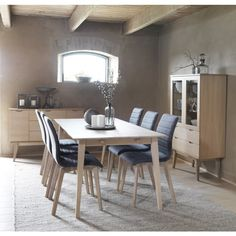 Rowico Filippa Matbord Vitpigmenterad 180cm Extendable Dining Table, Dining Tables, Large Furniture, Küchen Design, Cozy Living, Furniture Companies, Solid Oak, Scandinavian Design, Natural Wood