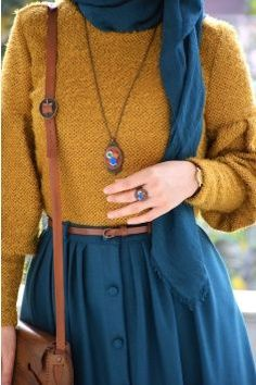 Hairy Squishy Mustard Yellow Sweater - Hairy Squishy Mustard Yellow Sweater You are in the right place about outfits night Here we offer y - Modern Hijab Fashion, Hijab Fashion Inspiration, Muslim Fashion, Mode Inspiration, Modest Fashion, Look Fashion, Skirt Fashion, Retro Fashion, Fashion Outfits