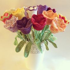 Materials: Yarn, I've used Drops Paris and Creative Cotton, green for the stem and color of your choice voor de flower. Crochet hoo...
