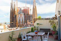 Wie wäre es mit einer Ferienwohnung, von der aus man direkt auf die Sagrada Familia blicken kann? Eixample Dret Sagrada Família Sardenya in Barcelona. #City #Städtetrip #Kurzurlaub
