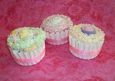 Burp cloth cupcake