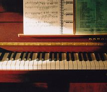 Inspiring picture cute, photography, piano, sweet, vintage. Resolution: 500x334 px. Find the picture to your taste!