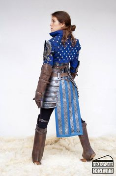 Dragon Age - Grey Warden by Piece of Cake Cosplay Female Armor, Female Knight, Amazing Cosplay, Best Cosplay, Fantasy Armor, Dark Fantasy, Dragon Age, Fantasy Costumes, Cosplay Costumes