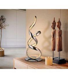 Comprar online Lámpara LED de sobremesa modelo SINUA Spiral Shape, Luz Led, Contemporary Interior, Chrome Finish, Candle Sconces, Art Pieces, Wall Lights, Table Lamp, Sculpture