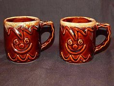 2 Hull Oven Proof Brown Drip Gingerbread Man Coffee Mugs Cups